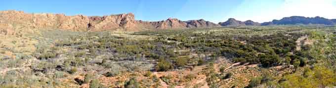 p1935-Goss-Bluff-panoramaOK