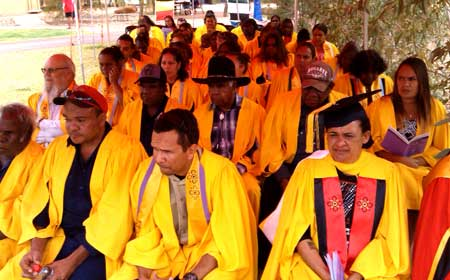 p2146-Batchelor-graduates