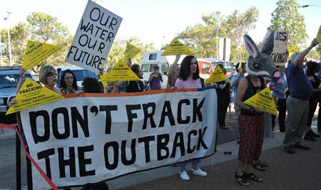 p2222-fracking-demo-2